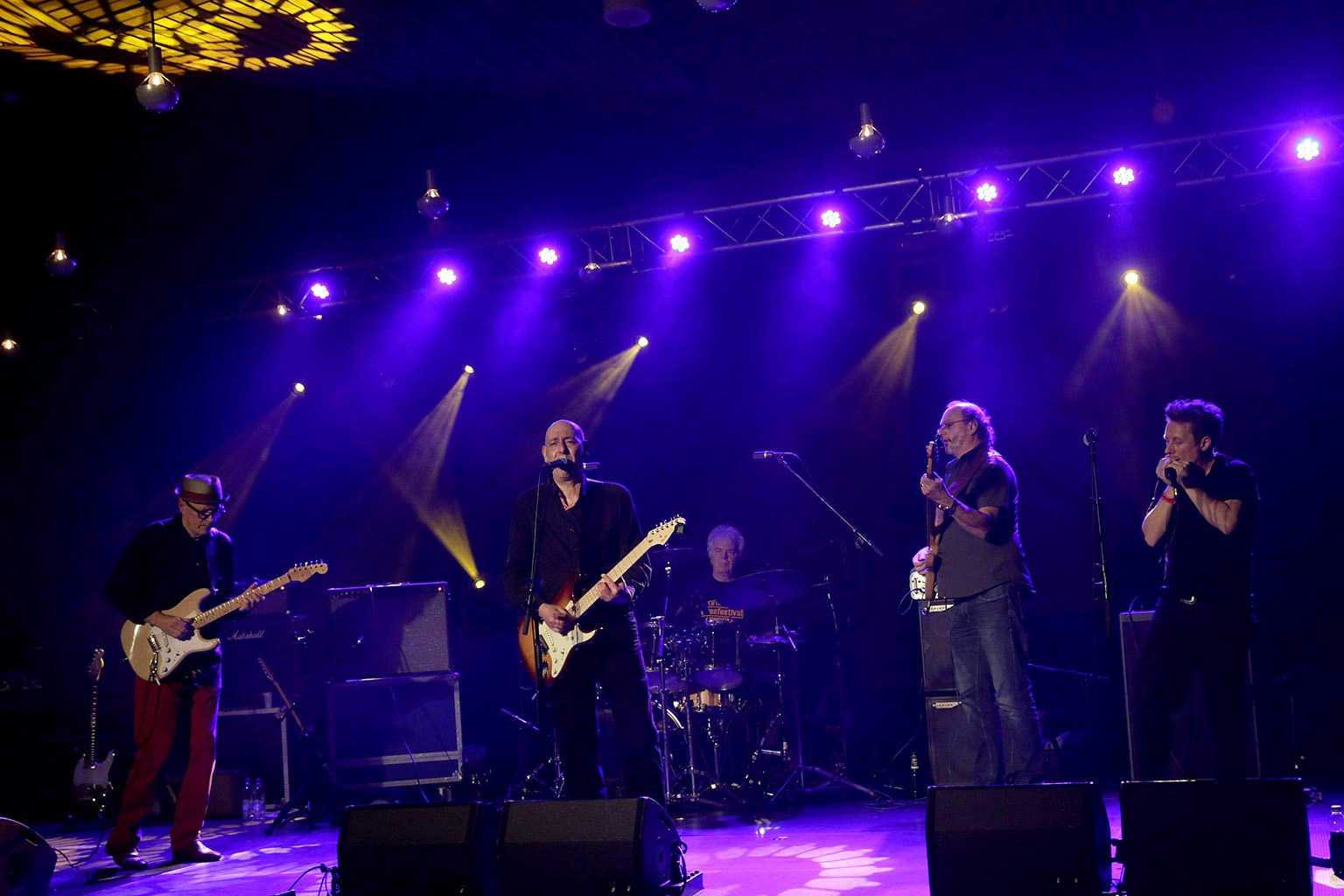 Greuhound Blues Band