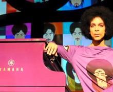 Prince - piano & mic